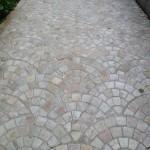 Fan quartzite driveway