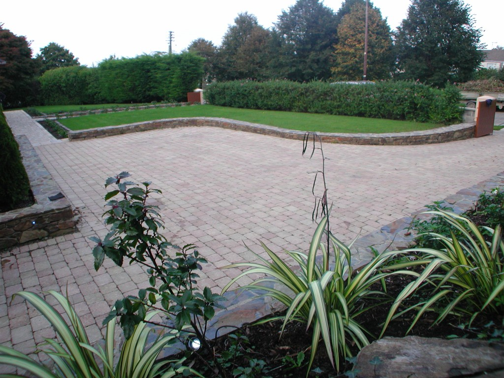 Landscaping design and driveway in dalkey dublin ireland for Garden designs ireland