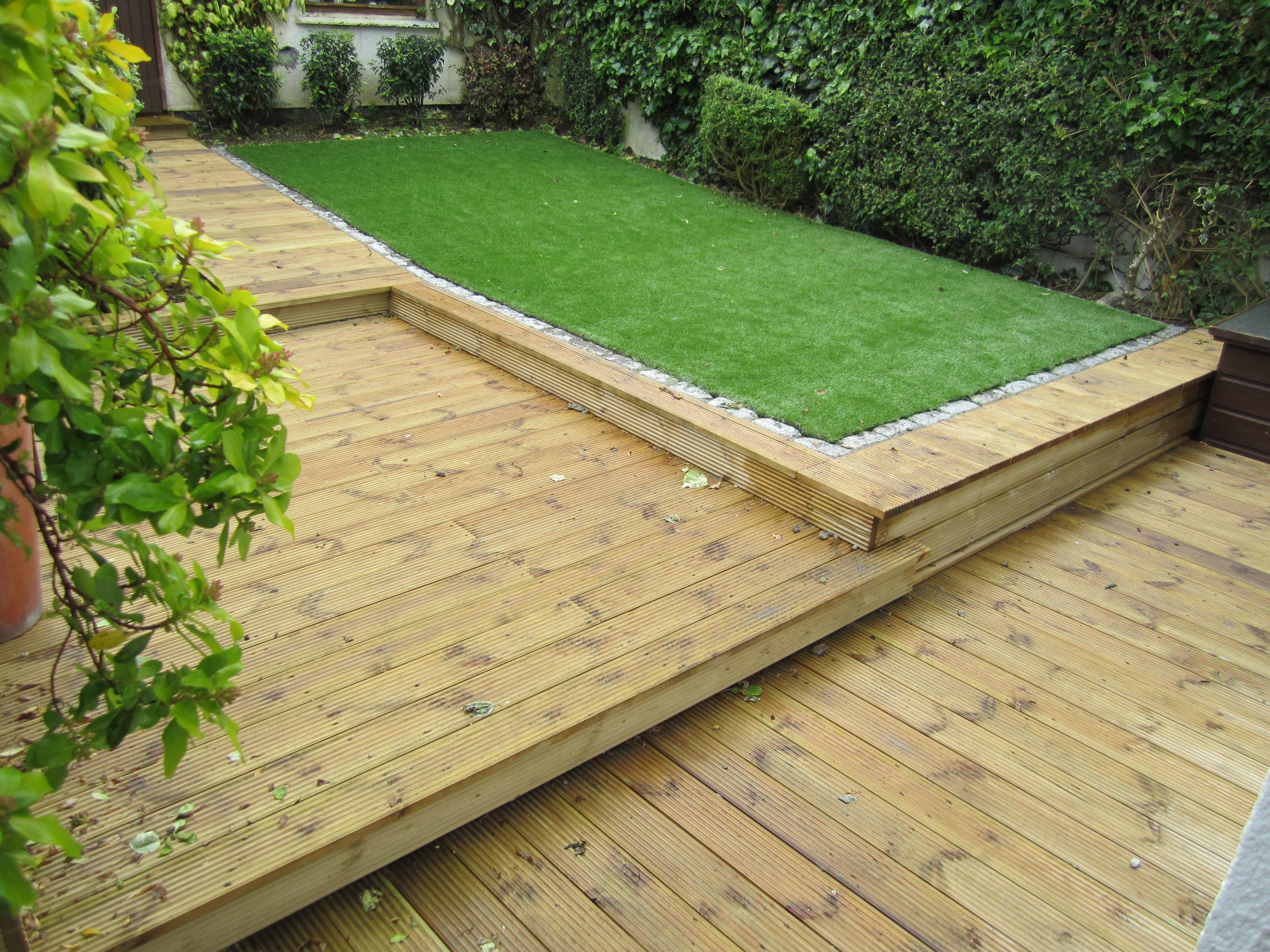 Low maintenance garden design dublin for Low maintenance deck plants