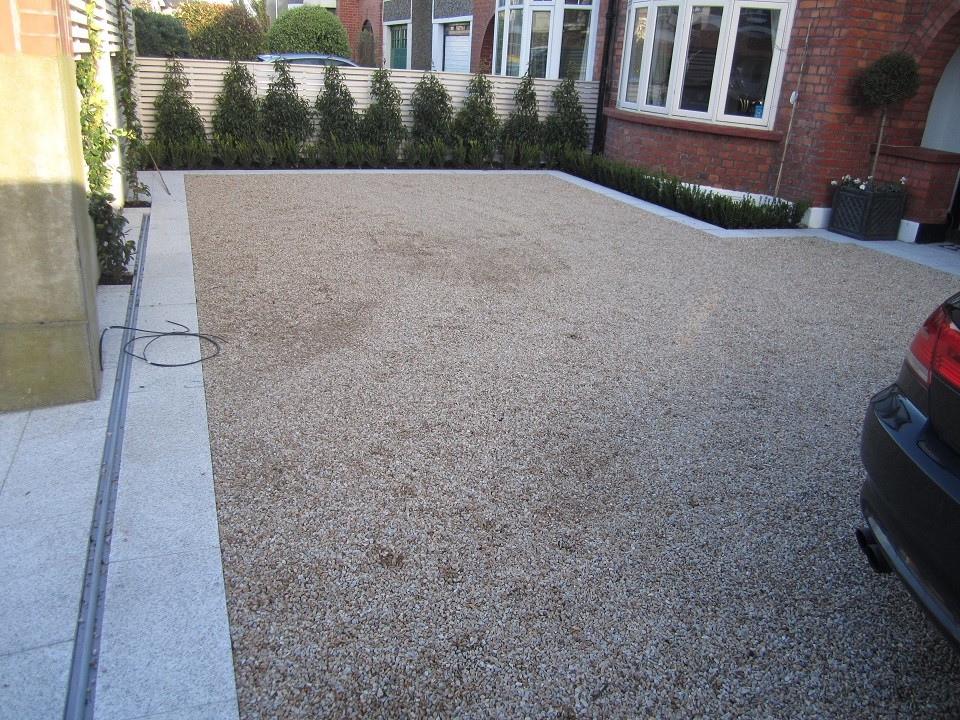 Ballylusk gravel driveway with 8mm chippings