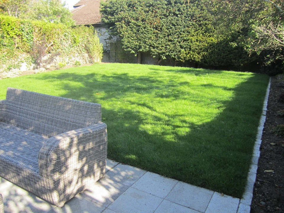 New instant sloping lawn
