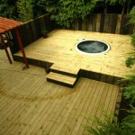 Jacuzzi and Decking in a Garden Design by Kevin Baumann - Landscaping.ieJacuzzi and Decking in a Garden Design by Kevin Baumann - Landscaping.ie