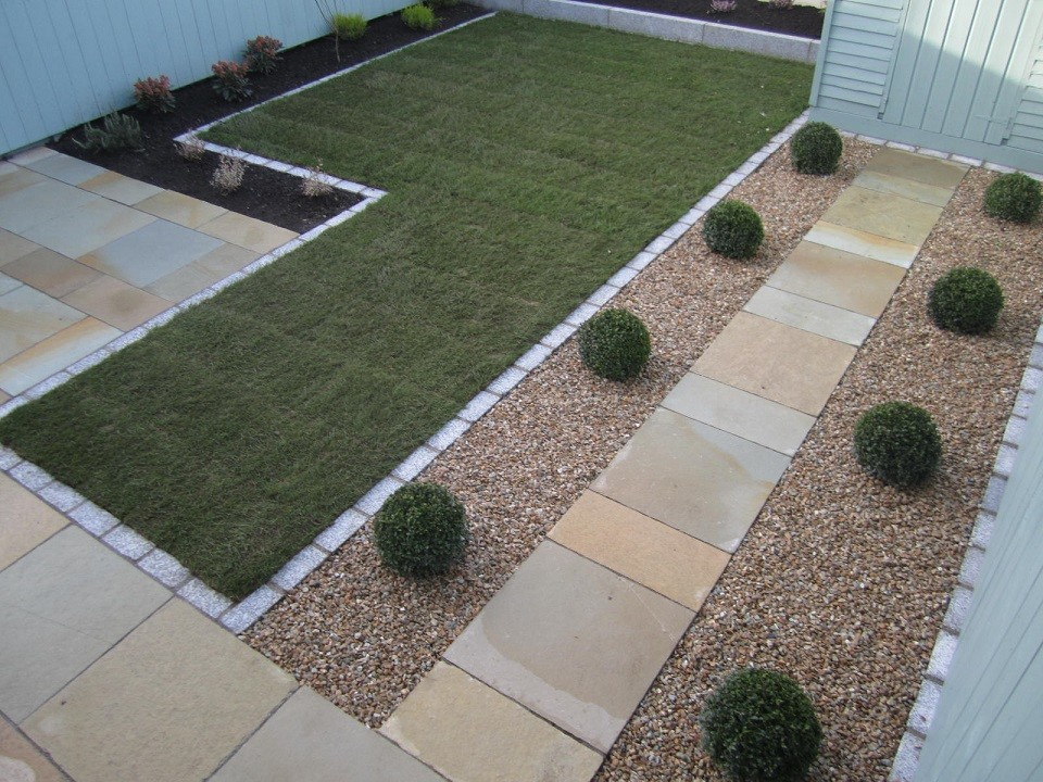 Buxus balls in gravel