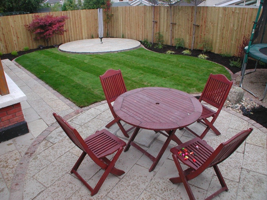 Limestone circular seating areas