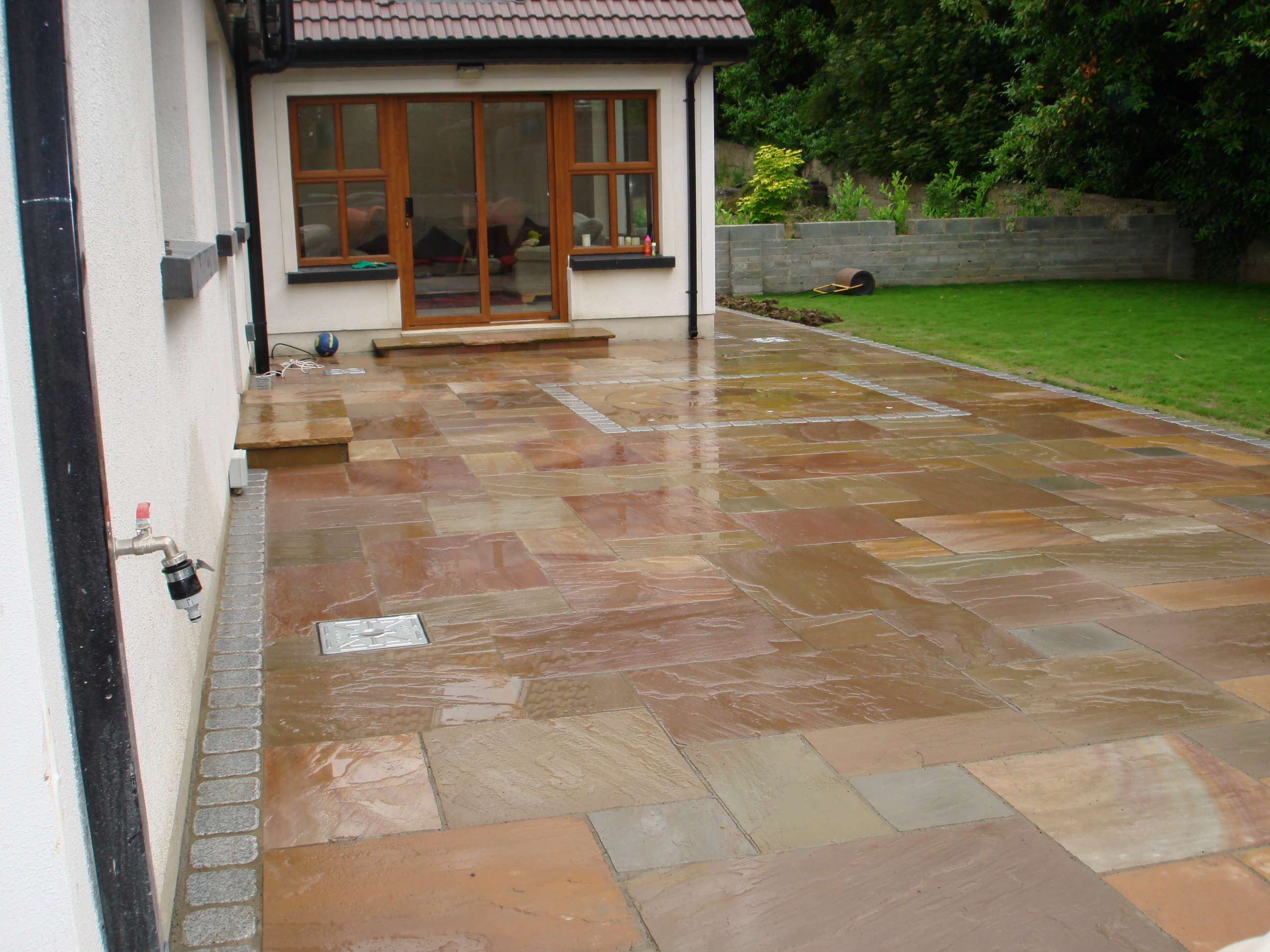Patios and Paving Design Dublin & Wicklow - Landscaping.ie