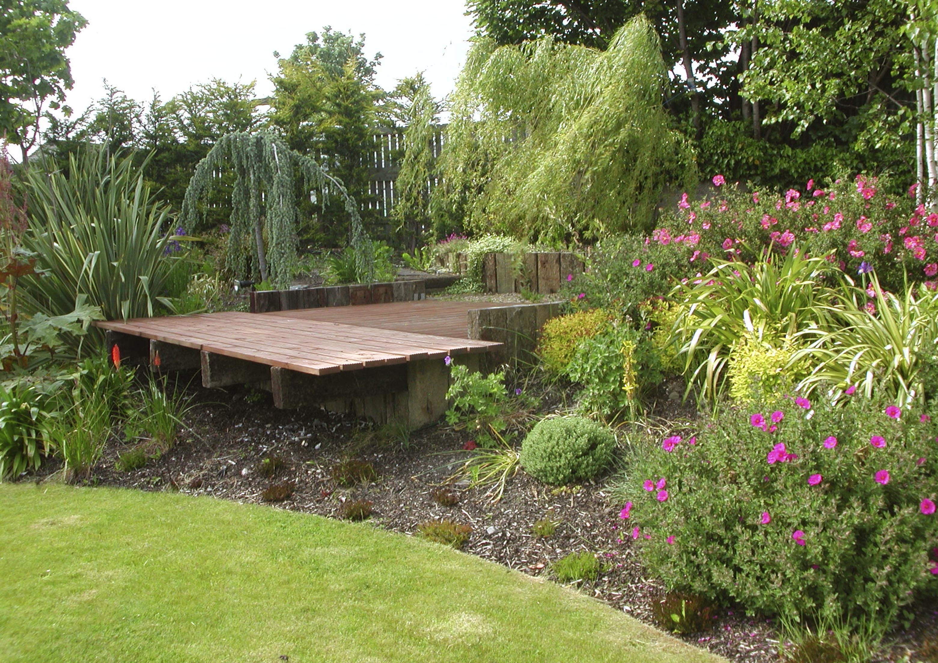Garden Decking Dublin & Wicklow - Landscaping.ie