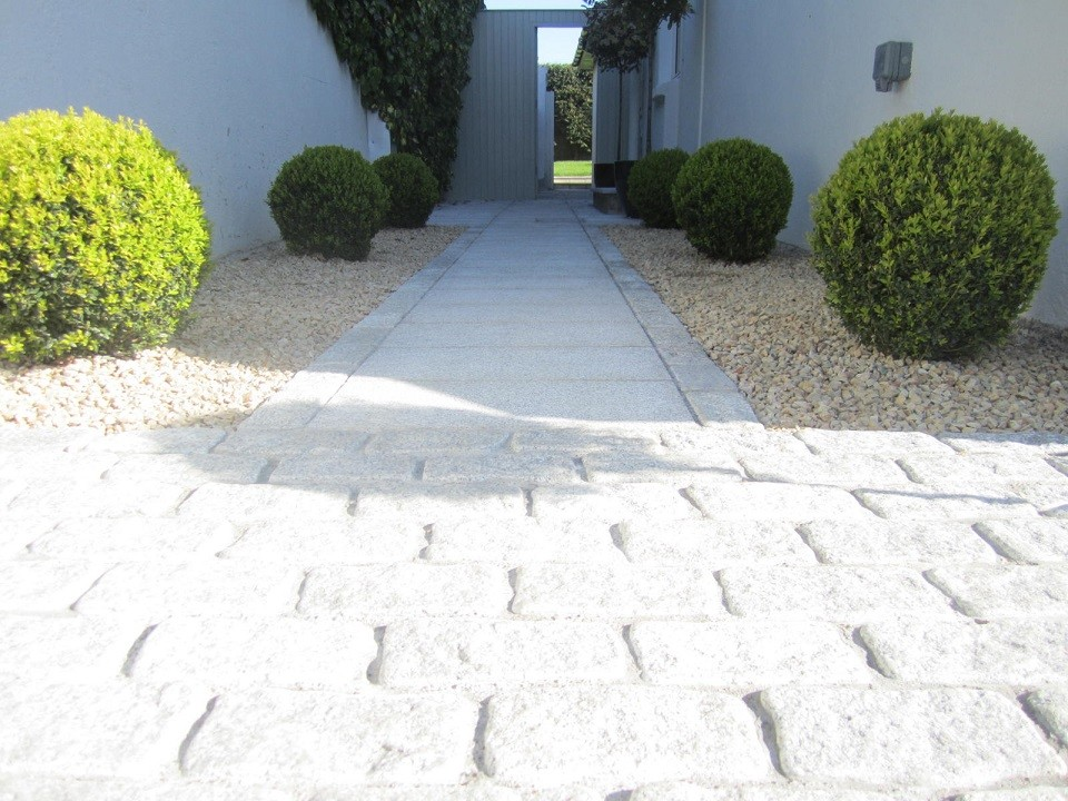Area leading to front door