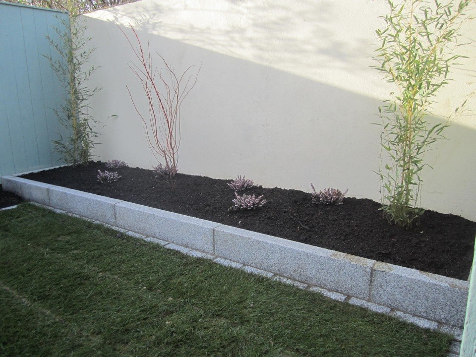 Raised granite kerb edge